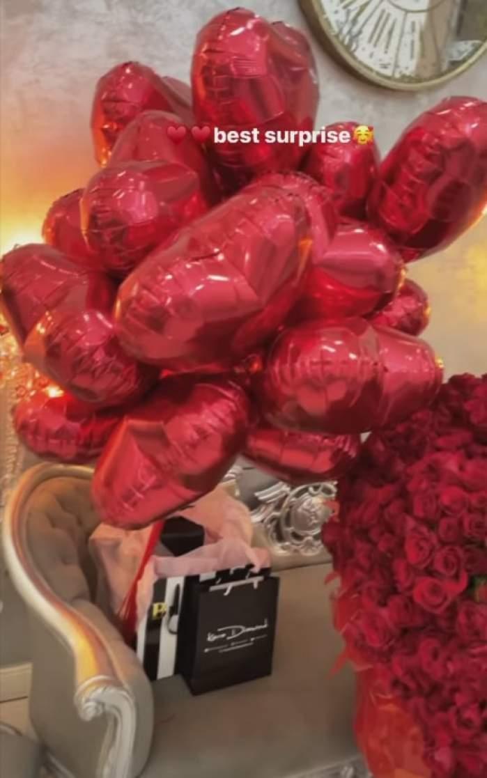 Cadourile și baloanele primite de Loredana Chivu