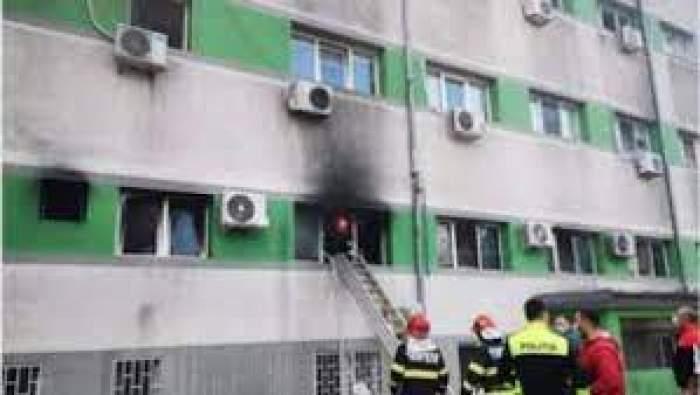Pompirii care sting incendiul de la Constanța