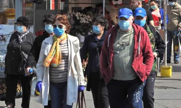 Masca de protecție, obligatorie pe stradă în localitățile cu incidența peste 6. Măsura se aplică începând de azi