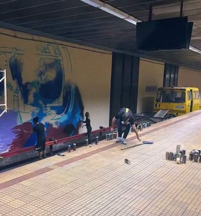 """Omagiu la metrou pentru Ivan Patzaichin. Călătorii sunt întâmpinaţi în staţia """"Ştefan cel Mare"""" de un mural uriaş cu imaginea celebrului canoist / FOTO"""