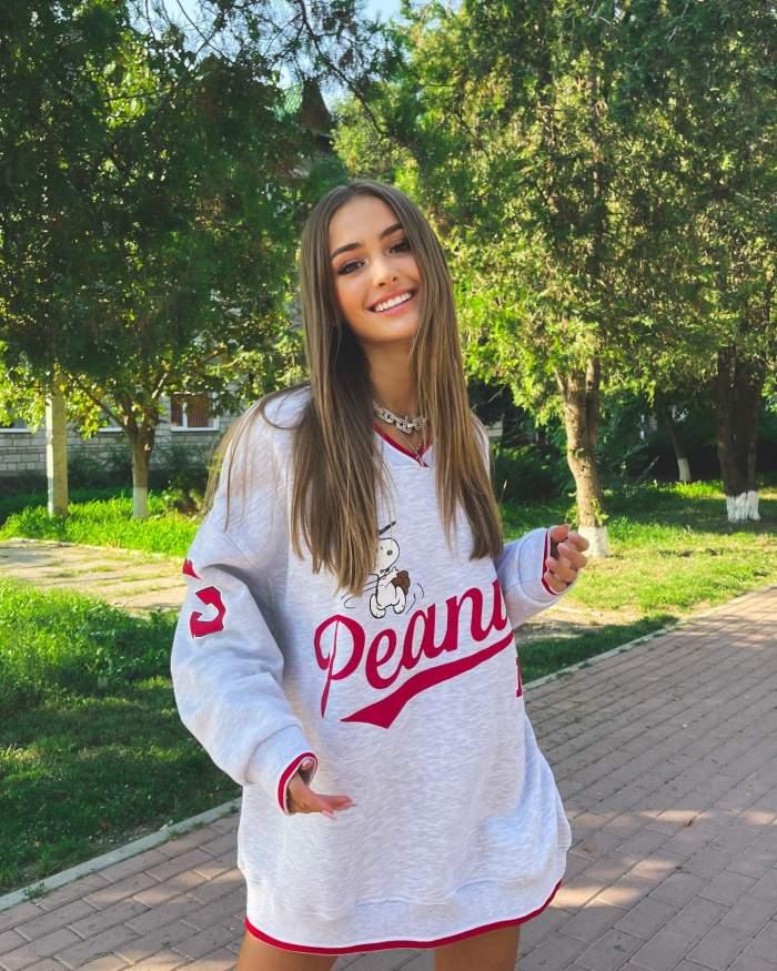 Câţi bani face Iuliana Beregoi din YouTube la doar 16 ani. Sumele sunt impresionante