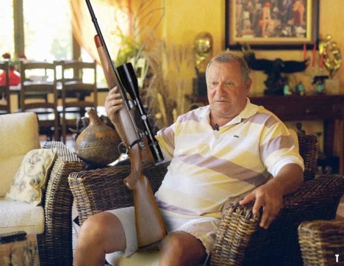 Cristian Țânțăreanu in casa sa
