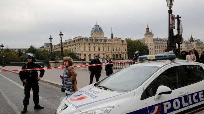 Un taximetrist român a fost înjunghiat mortal în Londra! Chiar unul dintre clienții săi l-a ucis