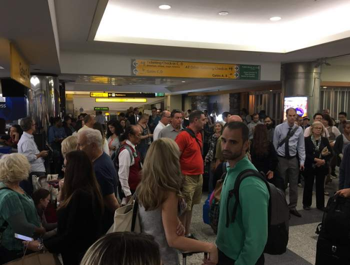 Alertă pe aeroportul din Cancun