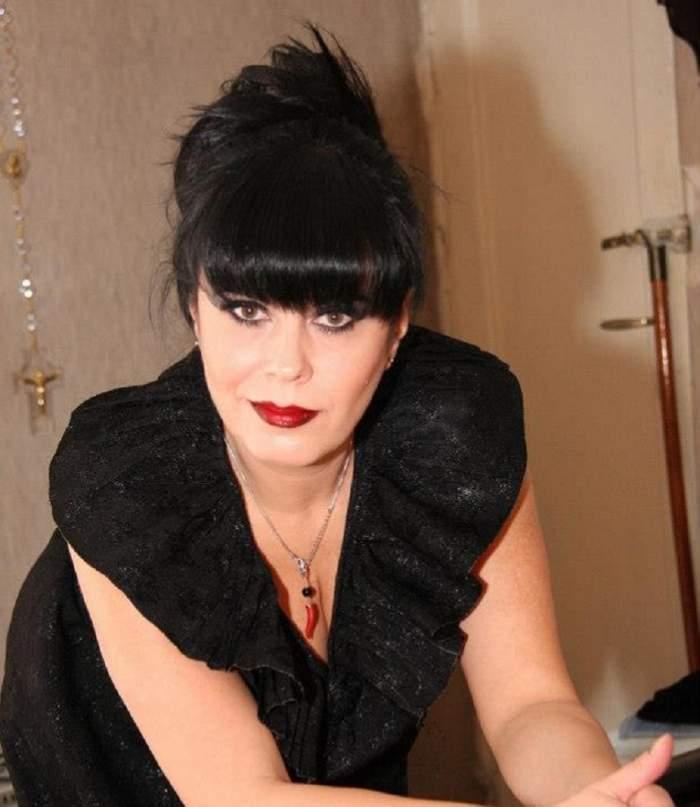 Mariana Moculescu in rochie eleganta