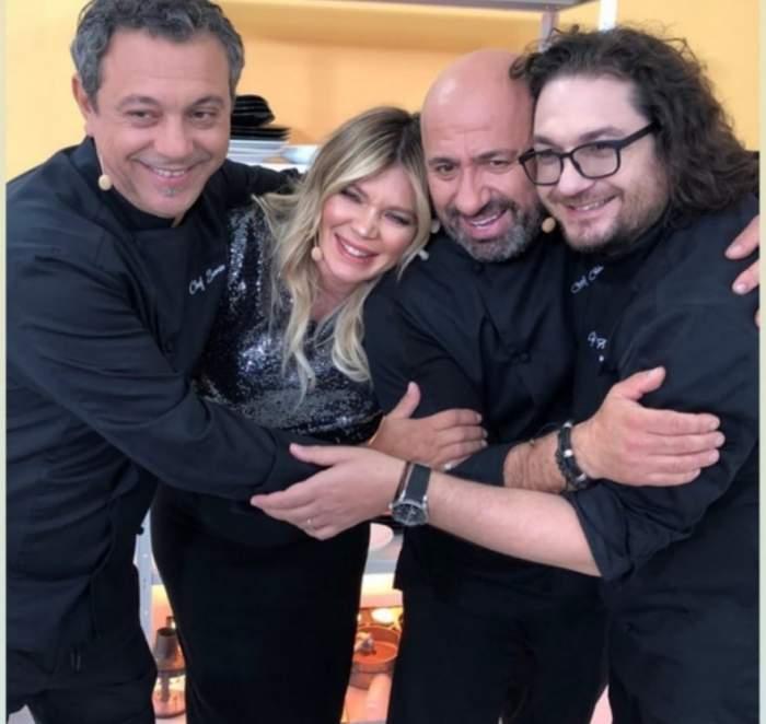 Cei trei chefi și Gina Pistol îmbrățișați și îmbrăcați în negru