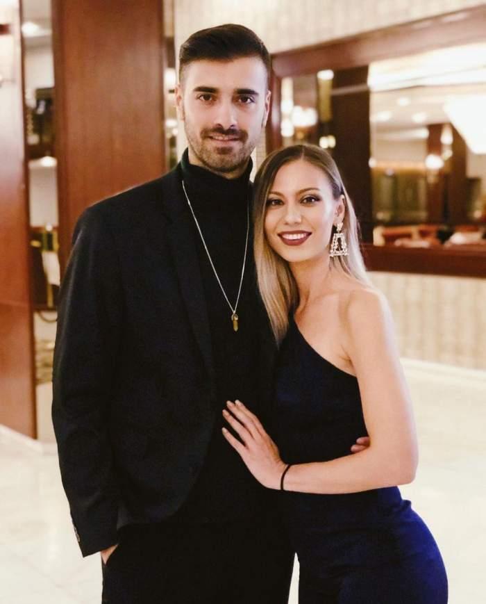 Liviu Teodorescu și iubita s-au fotografiat îmbrățișați, îmbrăcați în negru