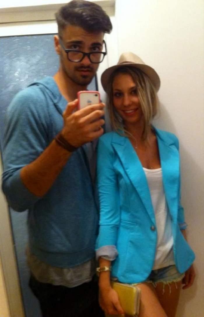 Liviu Teodorescu și iubita s-au fotografiat îmbrățișați, în oglindă, zâmbitori