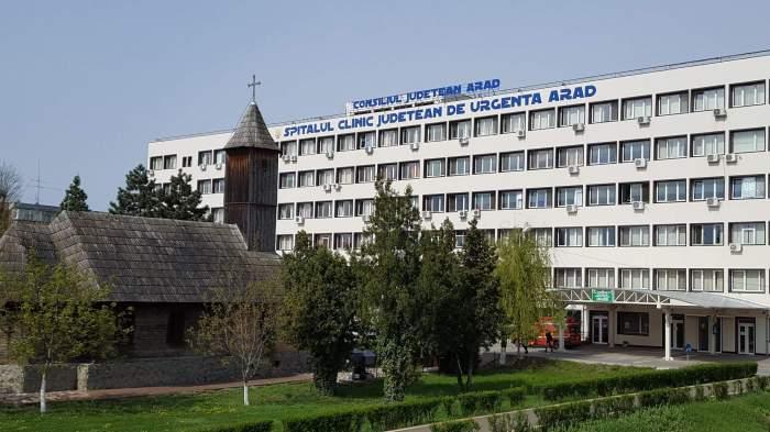 Imagine cu Spitalul Județean din Arad