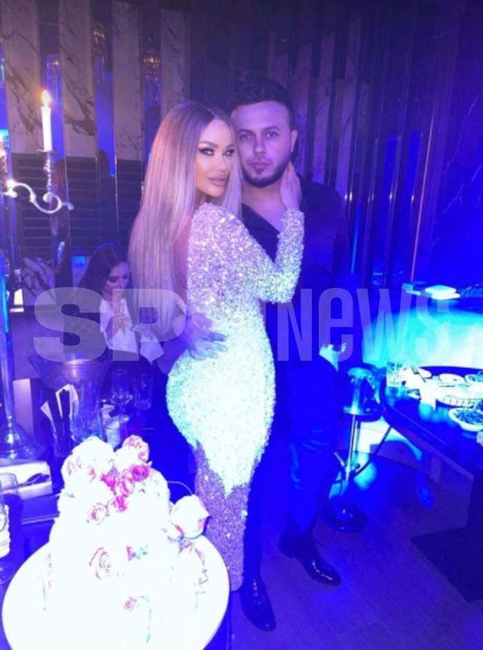 Bianca Drăgușanu in rochie lunga, de seara, in bratele lui gabi badalau, in club de ziua ei de nastere