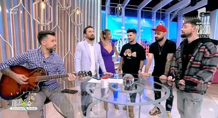 Membrii trupei Noaptea Tarziu sunt la Neatza cu Razvan si Dani si  compun o piesa alaturi de Dani Otil, Razvan Simion si Florin Ristei pentru Ramona Olaru