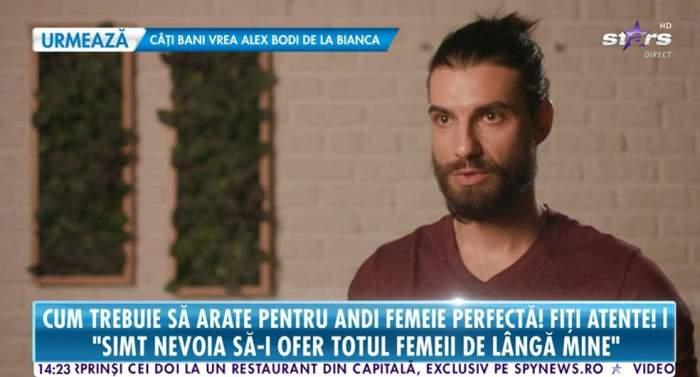 Andi Constantin este la interviu la Antena Stars, poarta o bluza maro si are parul prins