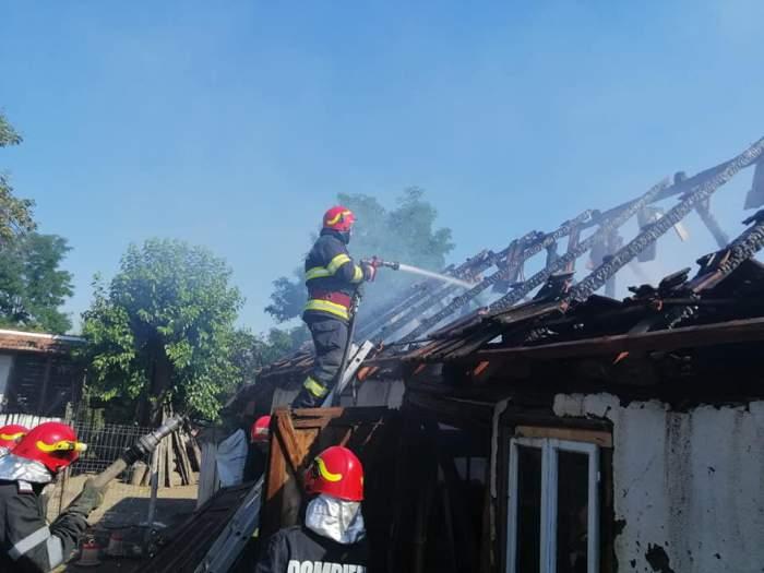 Un tată și fetița lui au ars de vii în locuința lor din Dolj! Mama copilei s-a salvat în ultimele momente