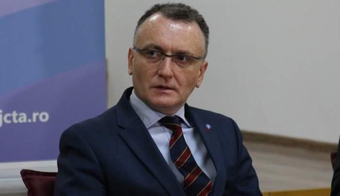 """Ce elevi pot merge la cursuri în timpul vacanței prelungite de primăvară. Sorin Cîmpeanu: """"Școlile nu se închid!"""""""