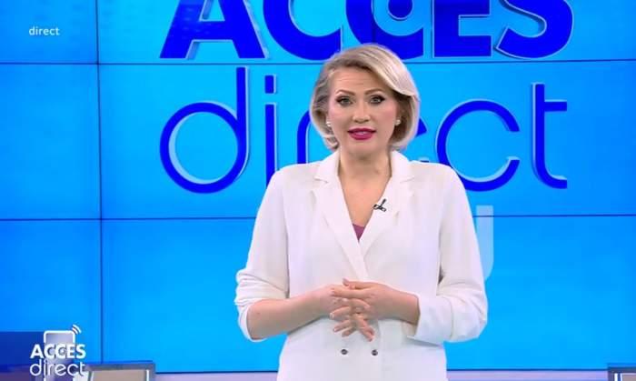 mirela vaida in costum alb in platoul de la acces direct
