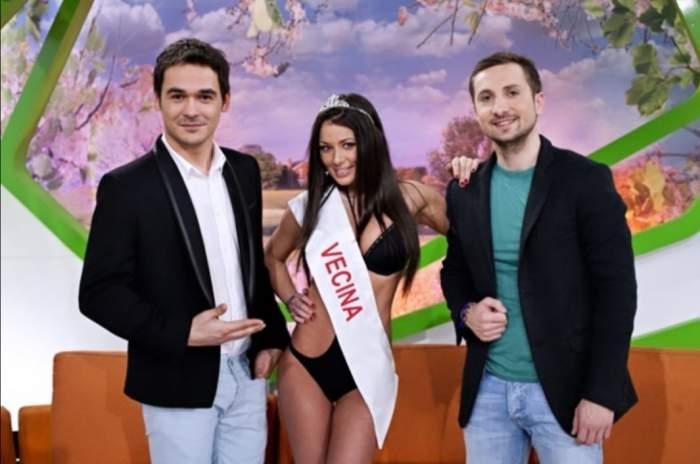 Răzvan Simion, zâmbitor alături de Roxana Vancea și Dani Oțil