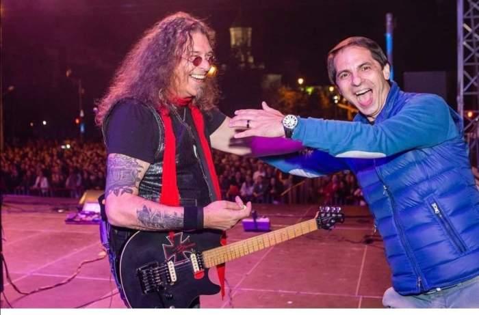 Adi Bărar și Dan Negru pe aceeași scenă, zâmbitori