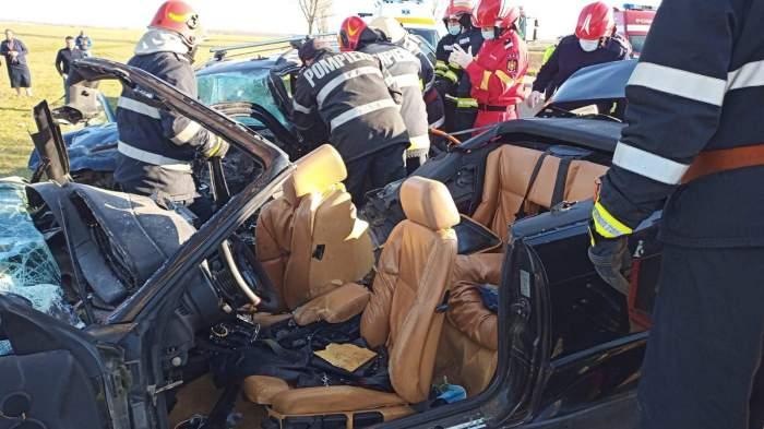 Accident grav în Bacău. Trei oameni au murit, iar doi au fost grav răniți / FOTO