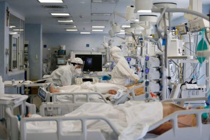 Cine sunt cele trei victime care au decedat la Victor Babeş. Alimentarea cu oxigen a ventilatoarelor fusese oprită