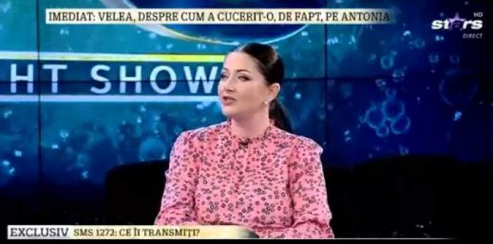 Gabriela Cristea, la Antena Stars, în ținută roz