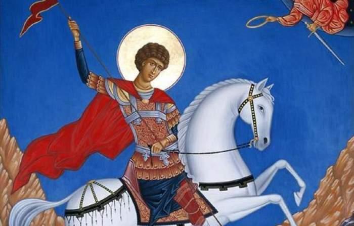 O icoană cu Sfântul Gheorghe. Acesta e călare pe un cal.