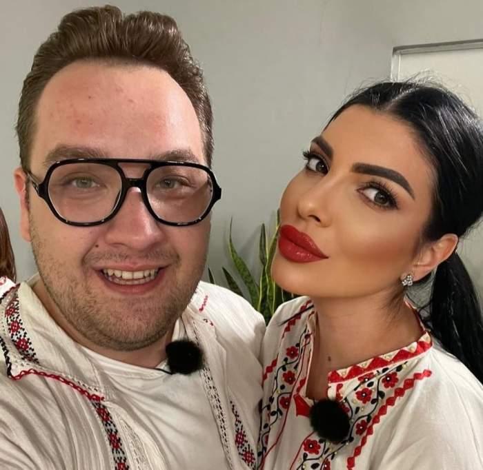 Andreea Tonciu și Răzvan Babană, îmbrăcați la fel