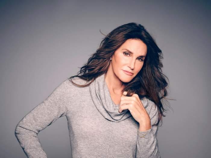 """Caitlyn Jenner, mama travestit a surorilor Khardashian, și-a anunțat candidatura la postul de guvernator al Californei: """"Iată-mă"""""""