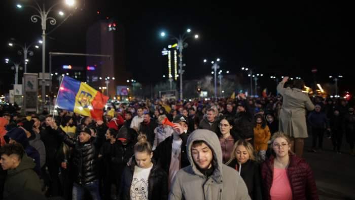 Oameni la protest.
