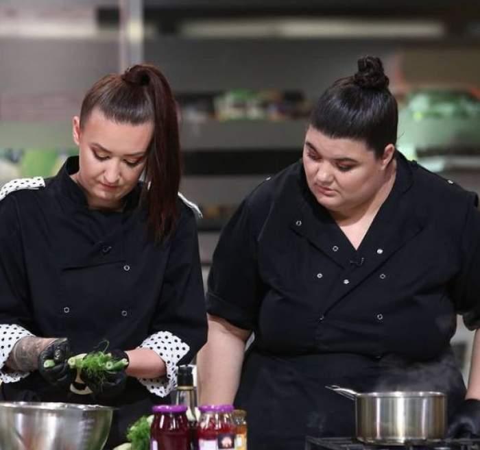 Claudia Radu și Roxana Blenche în bucătăria Chefi la cuțite.
