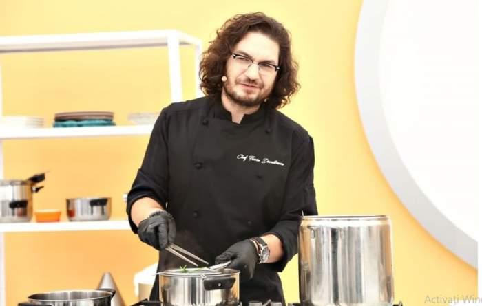 Florin Dumitrescu in bucatarie in timp ce gateste