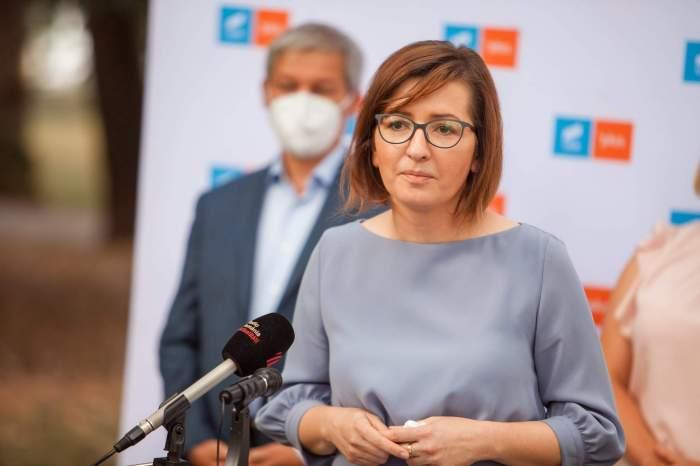 """""""În august, am putea scăpa de masca în aer liber""""! Anunțul ministrului Sănătății, Ioana Mihăilă"""