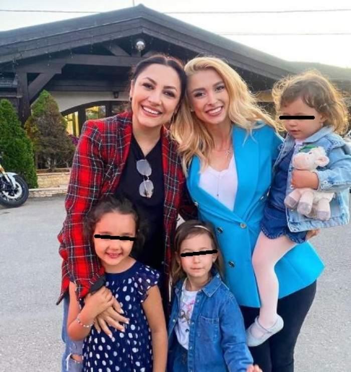 Andra alături de Andreea Bălan și fiicele lor.