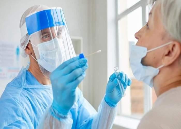 """Ministerul Sănătății a aprobat testarea rapidă în farmacii pentru depistarea Covid-19. """"Testarea are un rol esențial"""""""