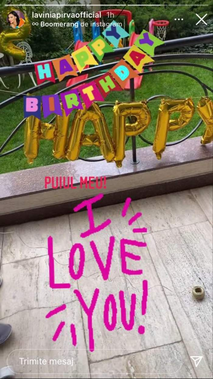 """Lavinia Pîrva a împodobit curtea casei cu baloane pentru ziua fiulu ei. Aceasta l-a alintat """"puiul meu""""."""