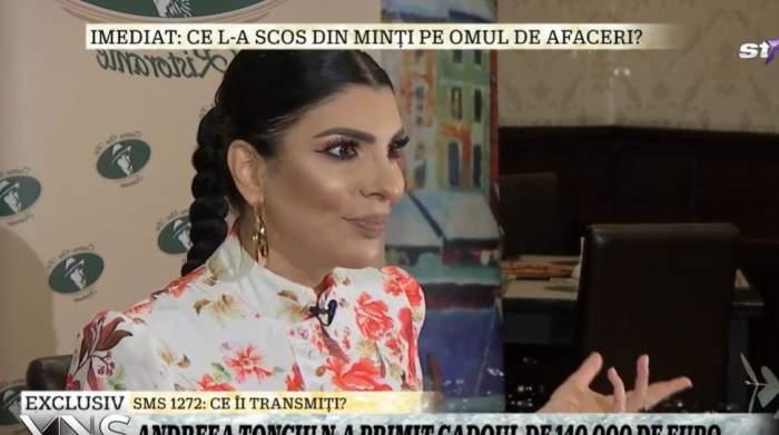 Andreea Tonciu în timpul unui interviu.