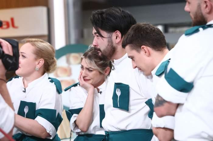 De ce nu pot fi împreună Elena și Riki de la Chefi la Cuțite. Blondina i-a spulberat toate șansele, chiar în fața internauților