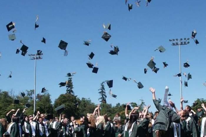 ceremonie absolvire facultate