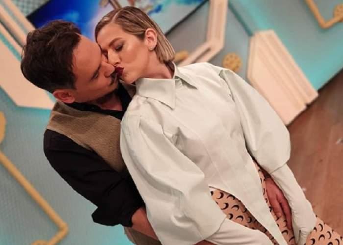 Lidia Buble și Răzvan Simion în perioada în care formau un cuplu, în timp ce se sărutau la Neatza.