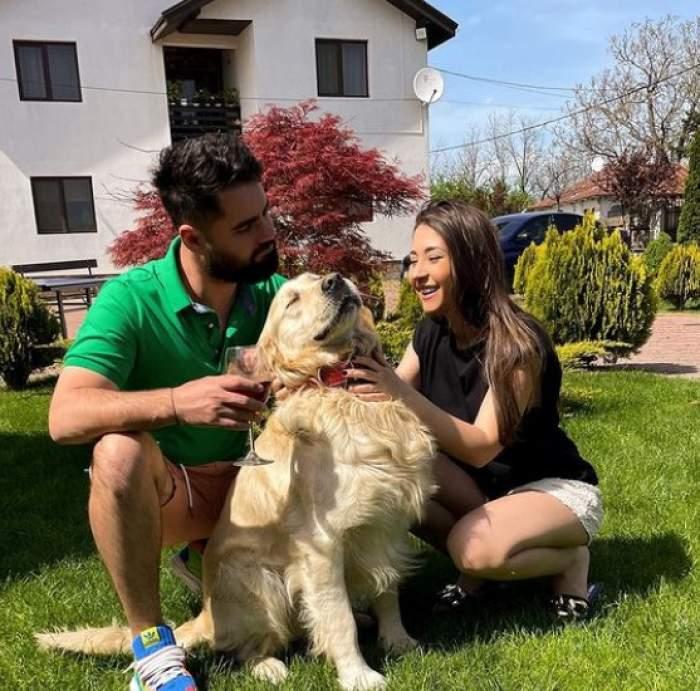 Nicole Cherry, iubitul ei și câinele lor.