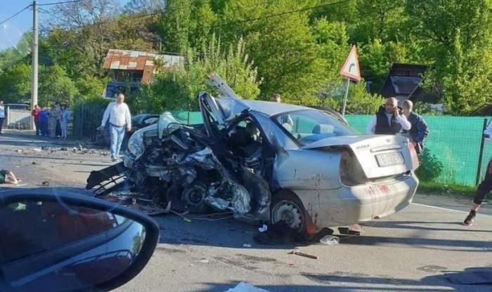 Cinci persoane au murit, și alte două sunt grav rănite, după un teribil accident în Nistorești