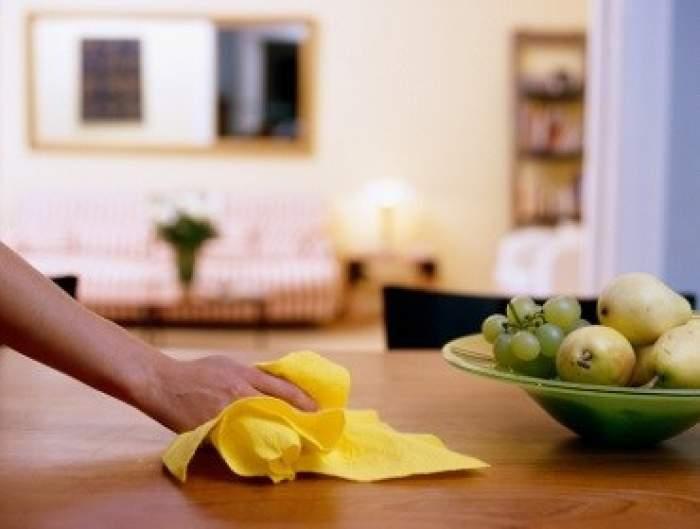"""Aerul din casă poate fi mai nociv decât cel de afară. Anunțul făcut de un medic pneumolog: """"Apariția strănutului poate fi un indiciu"""""""