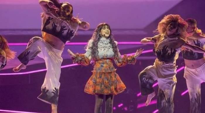 Roxen pe scena de la Eurovision.
