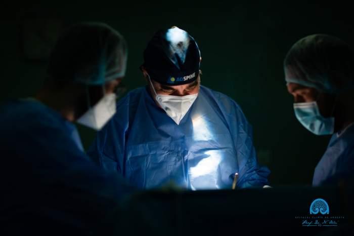 Adolescentă de 15 ani, operată pe creier la Iași. Medicii i-au descoperit din întâmplare o tumoră gravă / FOTO