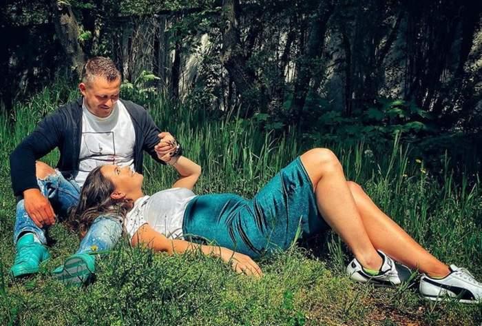 nicoleta molnar si sotul ei pe iarba