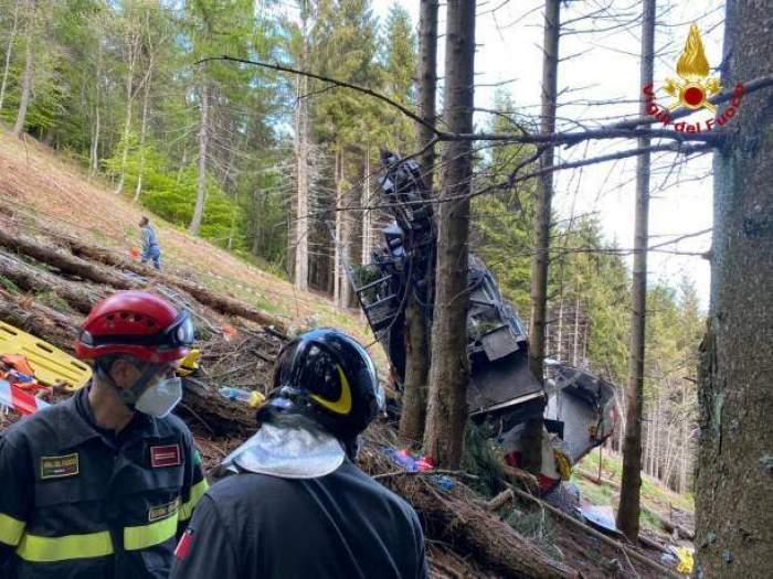 Victimele tragediei din Italia au fost identificate. Printre cele 14 persoane decedate în urma prăbușirii telecabinei se află și copii