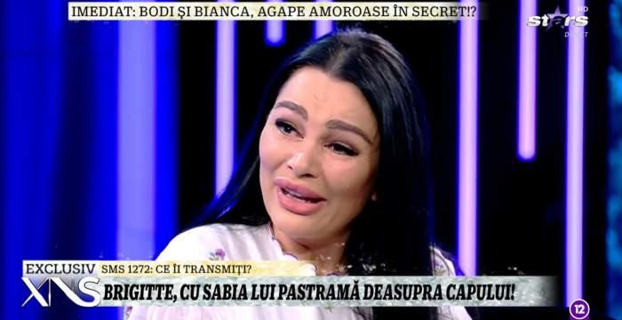 """Brigitte Sfăt a izbucnit în lacrimi în direct, la Xtra Night Show. Bruneta nu mai suportă certurile cu Florin Pastramă: """"Pot foar să plâng și să mă rog"""" / VIDEO"""