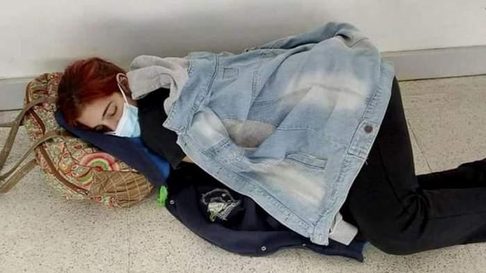Lara Arreguiz, tanara moarta de COVID-19 în Argentina, adormită pe holul spitalului