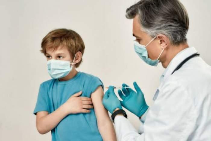 Unde se deschide primul centru de vaccinare pentru copii. Imunizarea ar putea începe pe 1 iunie