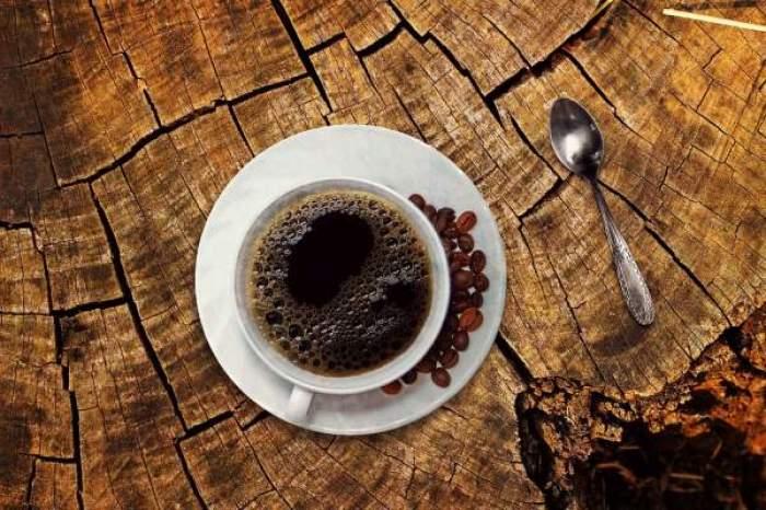 cafea la masa