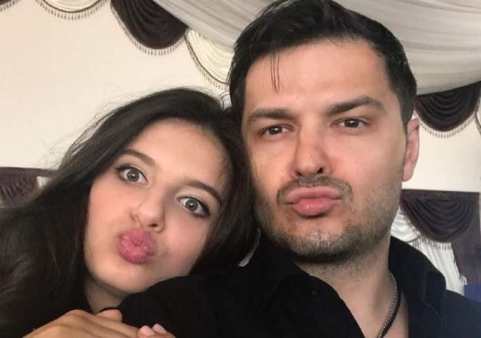 Liviu Vârciu și fiica lui, Carmina, își fac un selfie. Ambii țin buzele țuguiate.